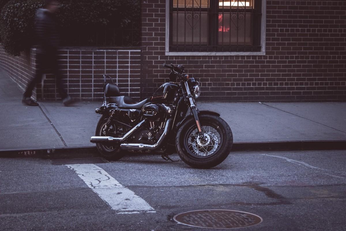 Få motorcykelkørekort med et billigt lån i dag